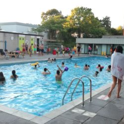 campus-swimmingpool-l-1